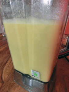 Ananas Avocado Smoothie